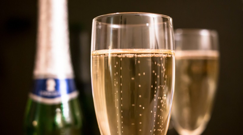 champagne-1110591_1920