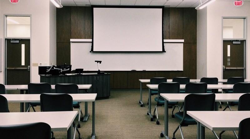 classroom-1910014_1280